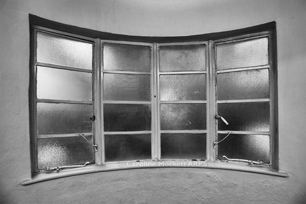 The Pincushion Window