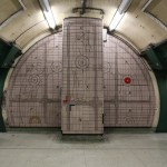 UO (Bakerloo) - Paddington - In And Out
