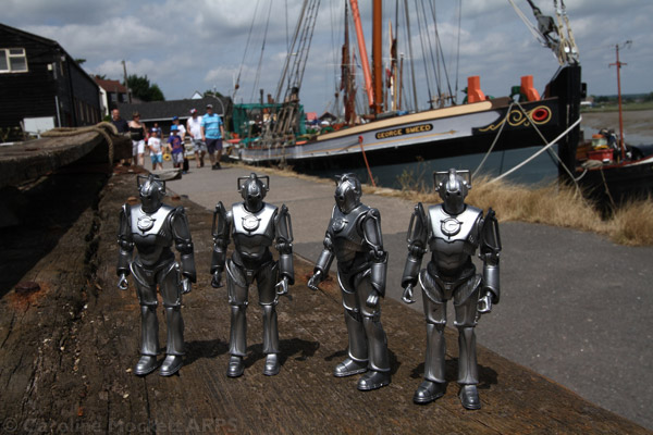 The Cybermen Arrive