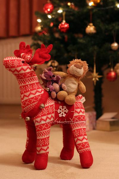 The Friendly Reindeer