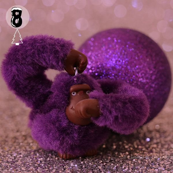 Ape & Bauble